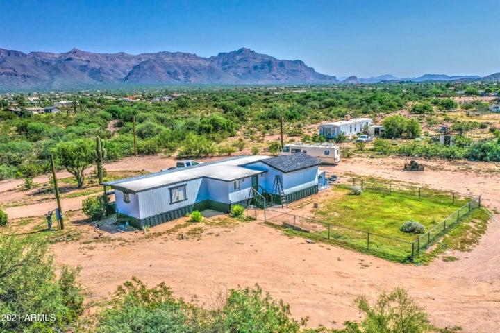 4925 E 30th Avenue, Apache Junction, AZ 85119