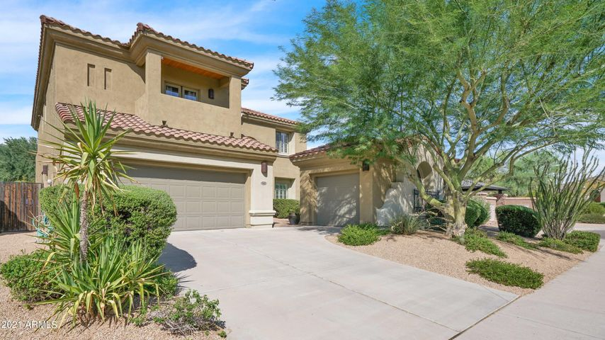 3826 E HERRERA Drive, Phoenix, AZ 85050