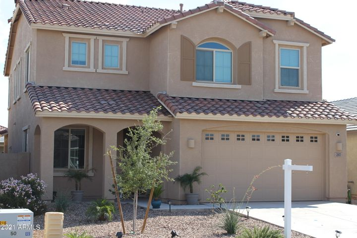 297 W TAMARACK Drive, San Tan Valley, AZ 85140