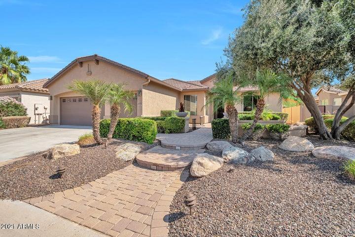16287 W CHEERY LYNN Road, Goodyear, AZ 85395