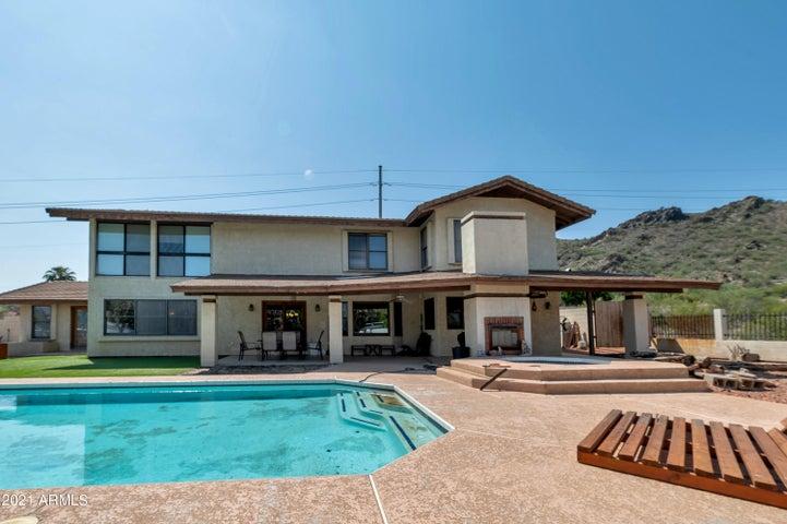 2112 E Shea Boulevard, Phoenix, AZ 85028