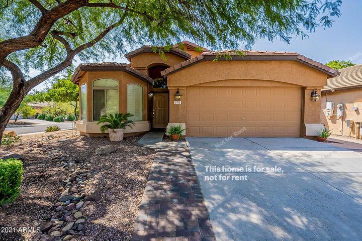 2213 W MADRE DEL ORO Drive, Phoenix, AZ 85085
