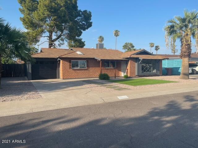 8238 E Indian School Road, Scottsdale, AZ 85251