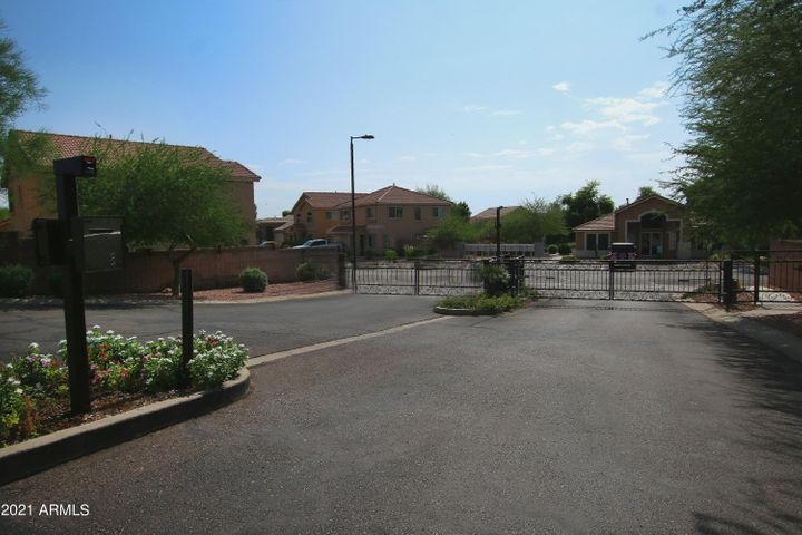 3415 N SERICIN, Mesa, AZ 85215