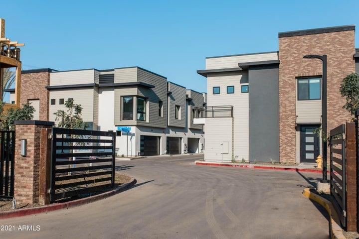 167 E LEXINGTON Avenue, Gilbert, AZ 85234