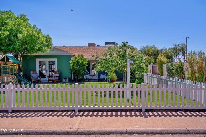 9 E ORANGE Drive, Phoenix, AZ 85012