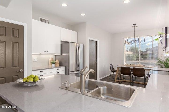 5738 E Harmony Avenue, Mesa, AZ 85206