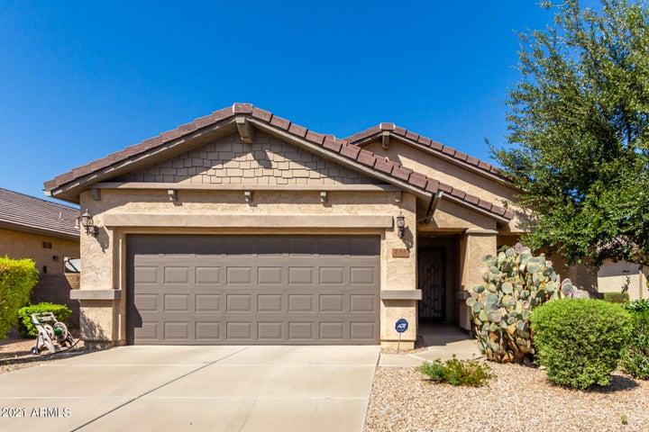 268 W SADDLEBAG Lane, San Tan Valley, AZ 85143