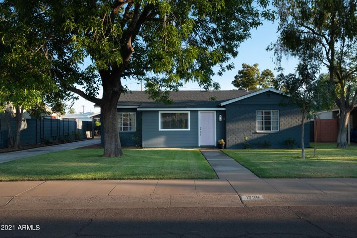 1736 W MULBERRY Drive, Phoenix, AZ 85015