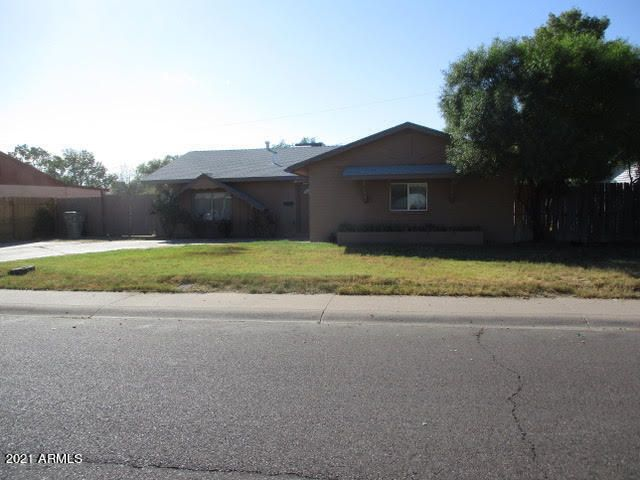 6335 W CAVALIER Drive, Glendale, AZ 85301