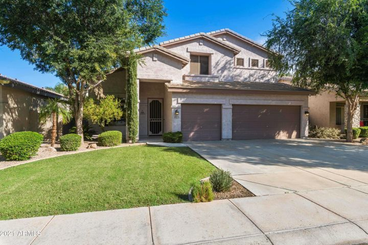1712 E BRUCE Avenue, Gilbert, AZ 85234