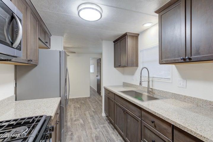 18018 N 2ND Place, Phoenix, AZ 85022