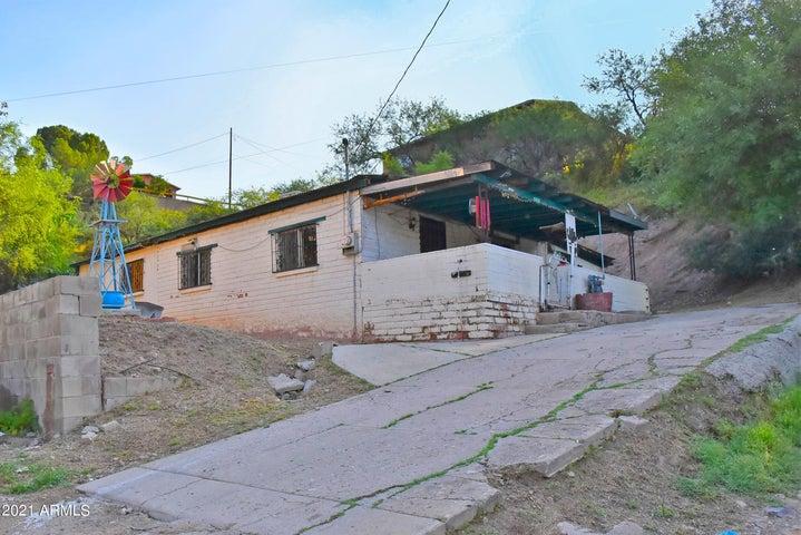330 W QUARRY Place, Nogales, AZ 85621