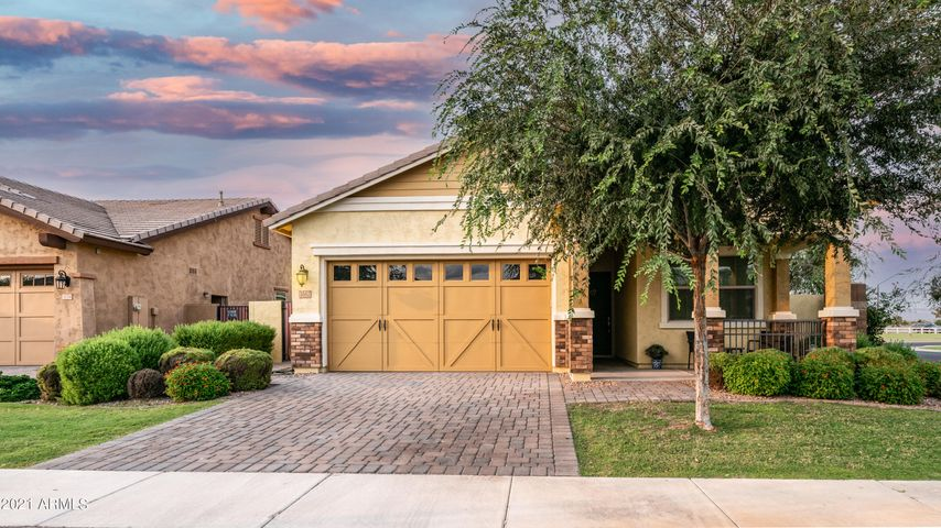 3162 E PINTO Drive, Gilbert, AZ 85296