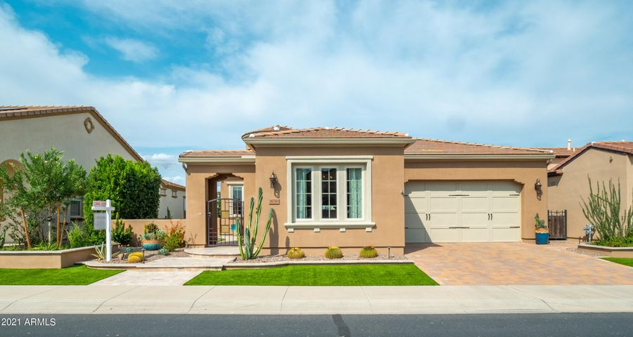 36780 N CRUCILLO Drive, Queen Creek, AZ 85140