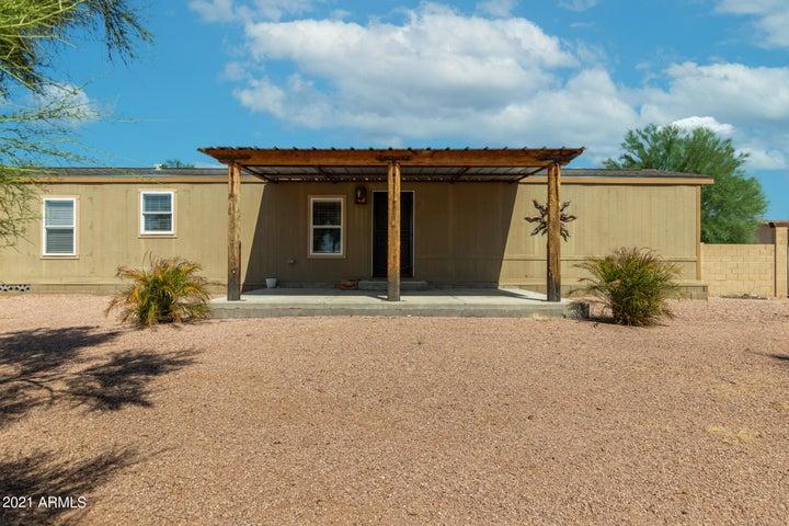 2960 W TEPEE Street, Apache Junction, AZ 85120