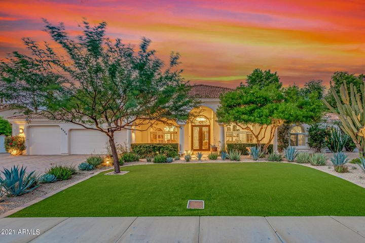 8956 E CHARTER OAK Drive, Scottsdale, AZ 85260