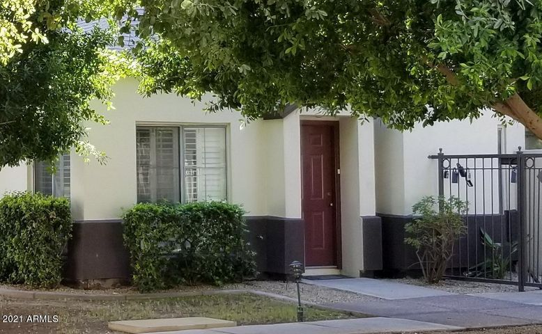 100 E FILLMORE Street, 106, Phoenix, AZ 85004