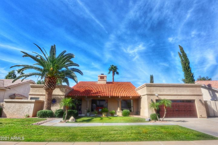 Updated home in McCormick Ranch