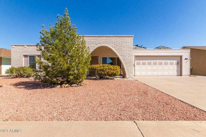 15637 N MEADOW PARK Drive, Sun City, AZ 85351