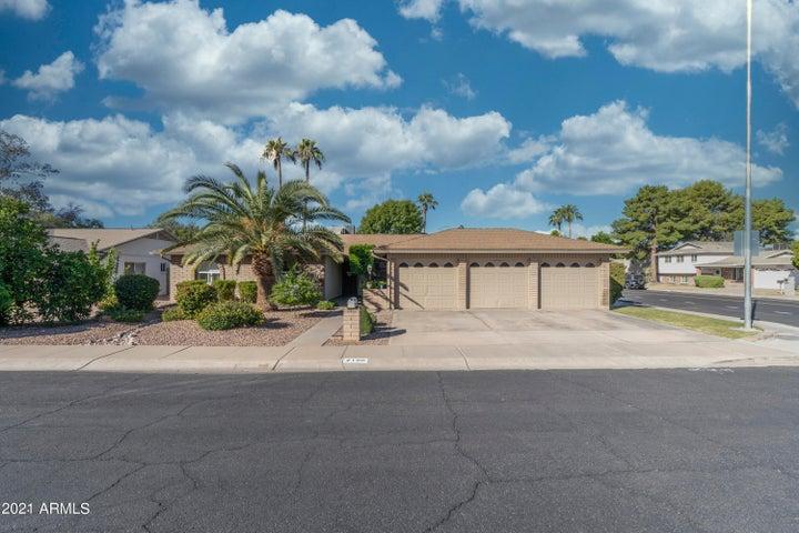 2106 S ASH Circle, Mesa, AZ 85202
