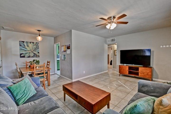 9426 N 3RD Avenue N, Phoenix, AZ 85021
