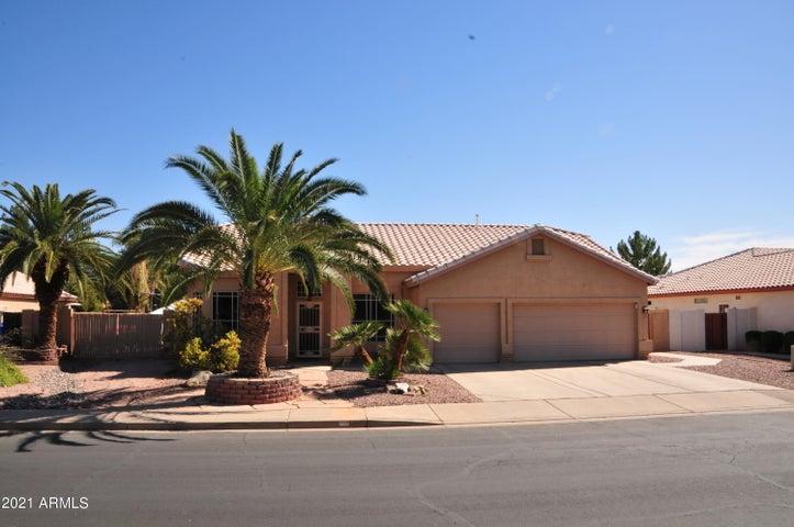 61 S MARIN Drive, Gilbert, AZ 85296