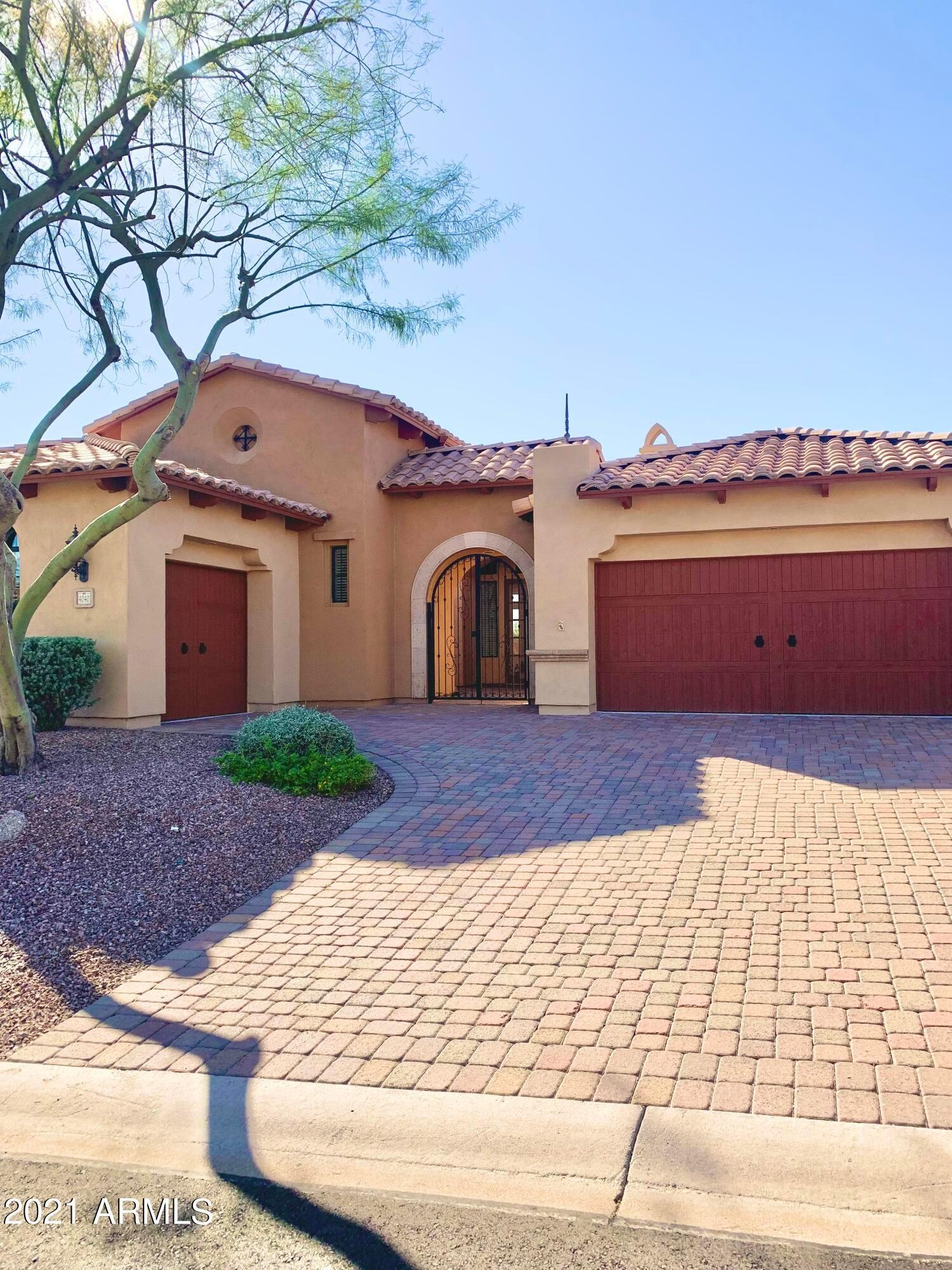 4040 N Mirada Circle, Mesa, AZ 85207