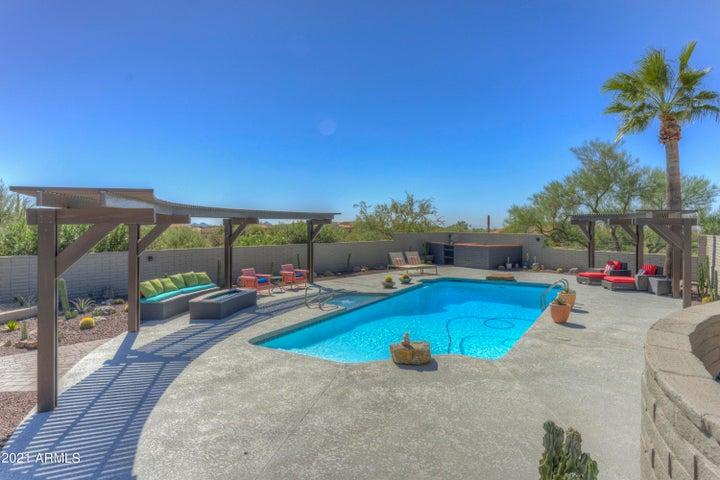 9535 E ROMPING Road, Carefree, AZ 85377