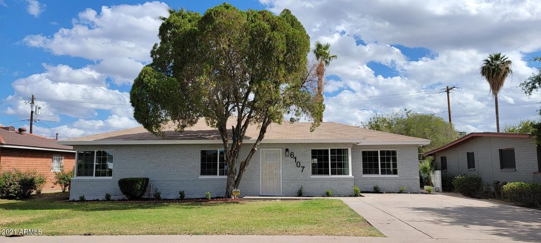 6107 N 19TH Avenue, Phoenix, AZ 85015