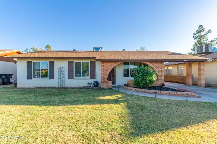 4247 E SAINT CATHERINE Avenue, Phoenix, AZ 85042