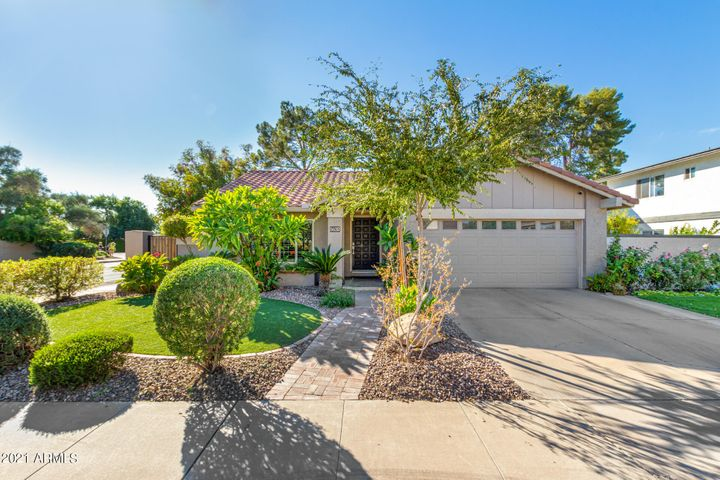 5632 S JOLLY ROGER Road, Tempe, AZ 85283