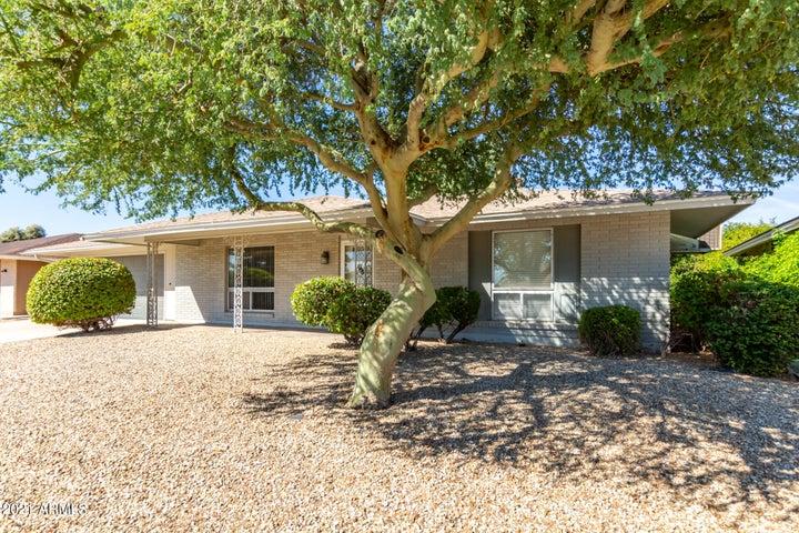 10724 W ROUNDELAY Circle, Sun City, AZ 85351