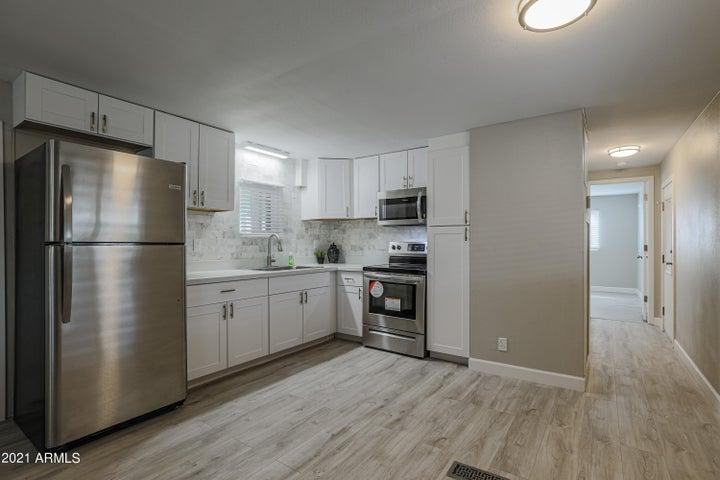 8639 E DELILAH Avenue, Mesa, AZ 85208