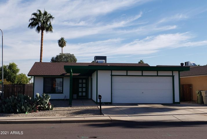 4901 W PUGET Avenue, Glendale, AZ 85302