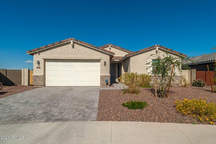 18648 W LAWRENCE Lane, Waddell, AZ 85355