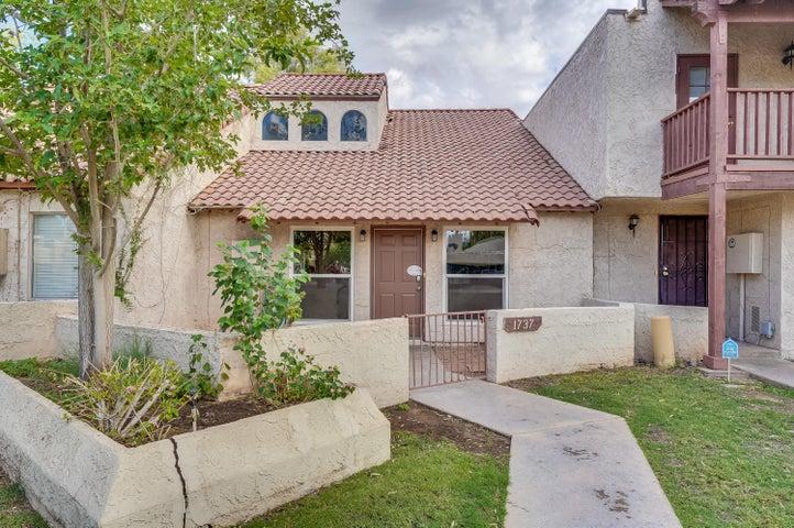 1737 S SHANNON Drive, Tempe, AZ 85281
