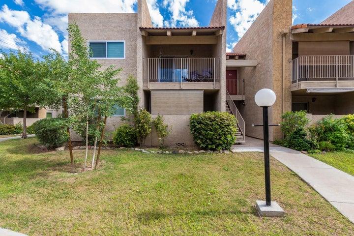 5525 E THOMAS Road R13, Phoenix, AZ 85018