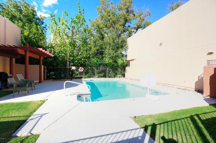 1028 S ASH Avenue 6, Tempe, AZ 85281