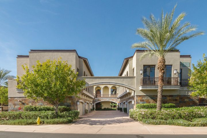 2 BILTMORE Estate 204, Phoenix, AZ 85016