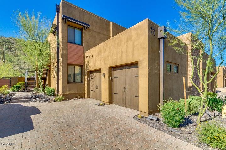 36600 N CAVE CREEK Road B1, Cave Creek, AZ 85331