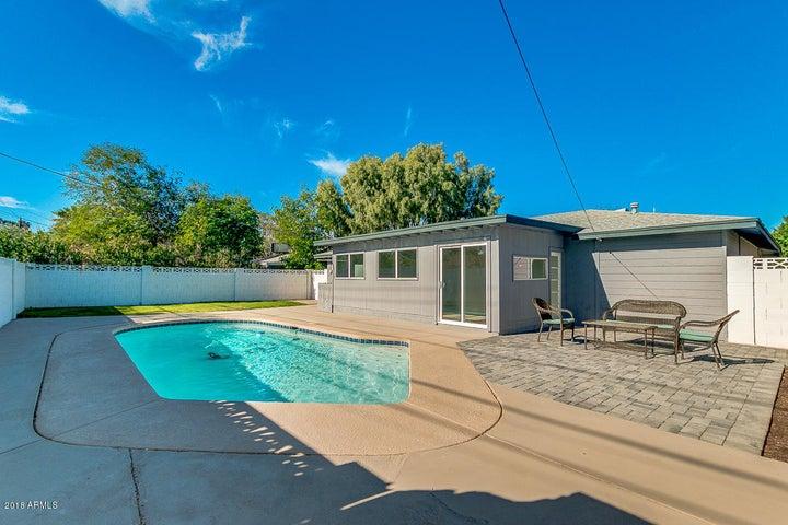 2243 E MONTECITO Avenue, Phoenix, AZ 85016