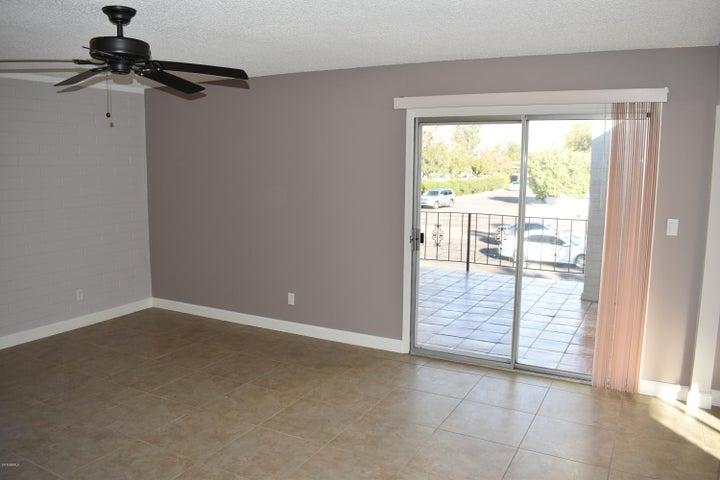 4041 E CAMELBACK Road 11, Phoenix, AZ 85018