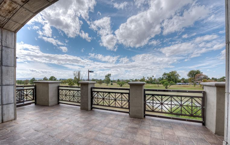 2 BILTMORE Estate 203, Phoenix, AZ 85016