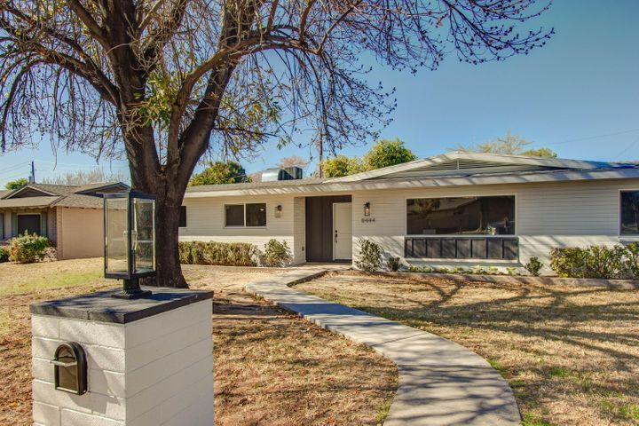 8444 N 16TH Avenue, Phoenix, AZ 85021