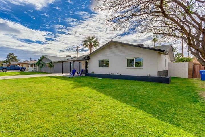3417 E CAMPBELL Avenue, Phoenix, AZ 85018