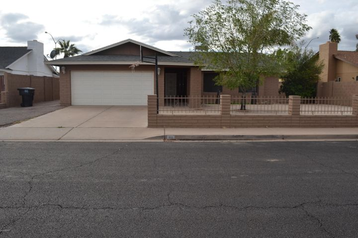 40 Bedrooms Homes For Sale Mesa AZ Under 44040 Mesa AZ Real Estate Stunning 5 Bedroom Homes For Sale In Gilbert Az