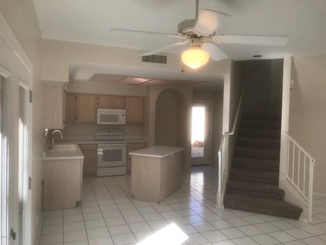 8821 S 51ST Street 1, Phoenix, AZ 85044