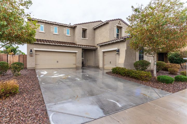 Carve out an amazing life in this stunning 2 story home nestled in San Tan Valley! Upon entering this home you are greeted with tons of natural light, gorgeous tile flooring and an incredible open floor concept! The chef inspired island kitchen showcases granite countertops, rich dark wood cabinetry, breakfast bar, SS appliances, plant shelving, dual sinks and sleek finishes! Upstairs you will find the amazing loft that is ready for your personal touch! The spacious bedrooms offer plenty of room for sleep, study and storage! The master bathroom boasts a garden style bathtub, dual sinks, private toilet room and separate shower! The covered back patio overlooks the expansive backyard that is a blank canvas-an ideal setting for entertaining with family and friends! Look no further! Book your showing today! This home is everything you've been dreaming of and more!