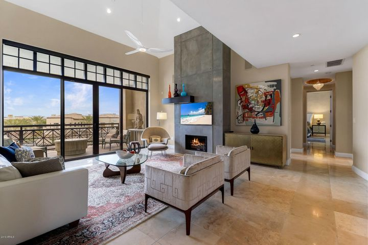 8 Biltmore Estate 307, Phoenix, AZ 85016